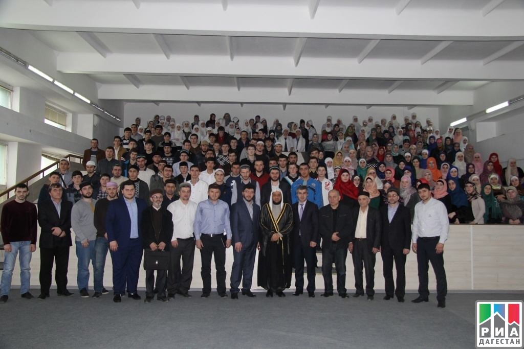 RIA «Daghestan» Prophet Muhammad's descendant visits