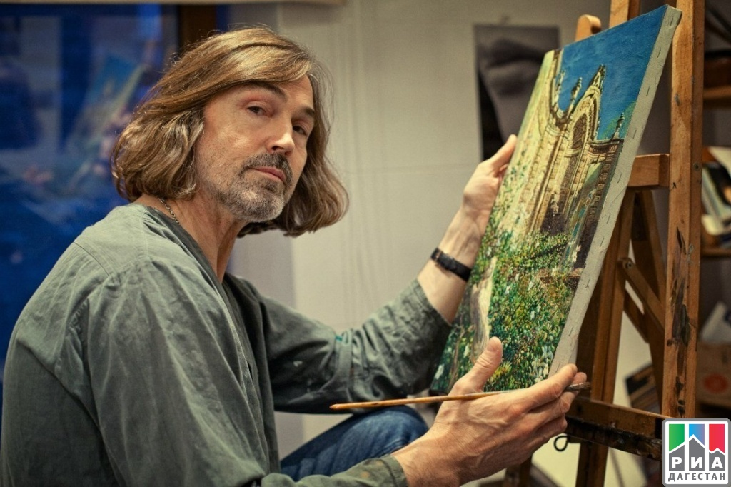 Pase para saber jefe Muy lejos  RIA «Daghestan» Nikas Safronov's works on display in Makhachkala