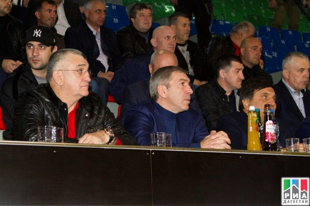 Ramazan Abdullatipov visits International wrestling tournament in Khasavyurt